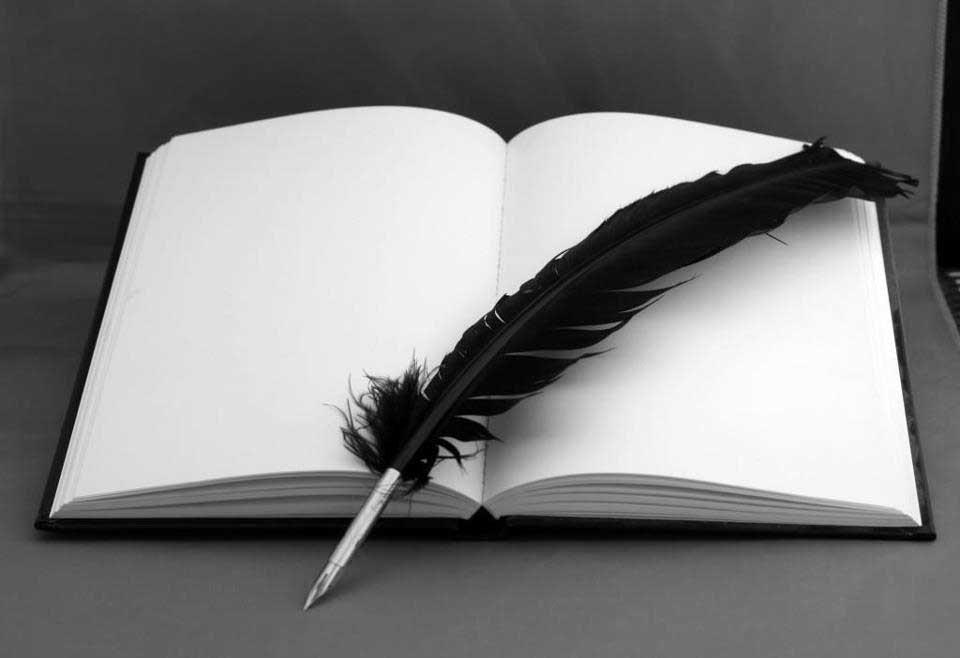تصمیم بگیرید چه چیزی بنویسید